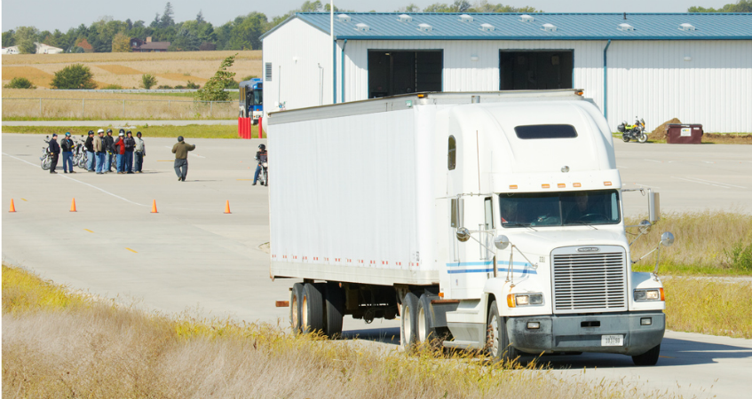 Hawkeye Community College to Host Trucking with the Troops Open House on October 21