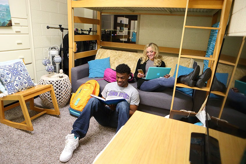Good Any Hawkeye Student Can Experience College Life In The University Of  Northern Iowa Residence Halls. With UNI Being Only About A 12 Mile, 20  Minute Drive Or ... Part 20
